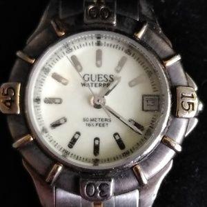 GUESS analog bracelet watch